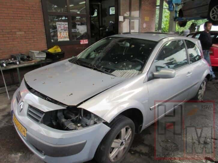 Renault Megane sloop alle onderdelen te koop 2004
