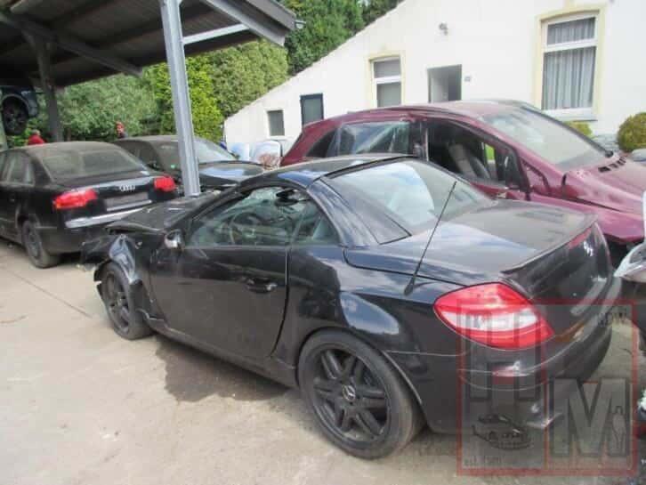 MB Mercedes-benz SLK 2005 sloop alle onderdelen Zwart